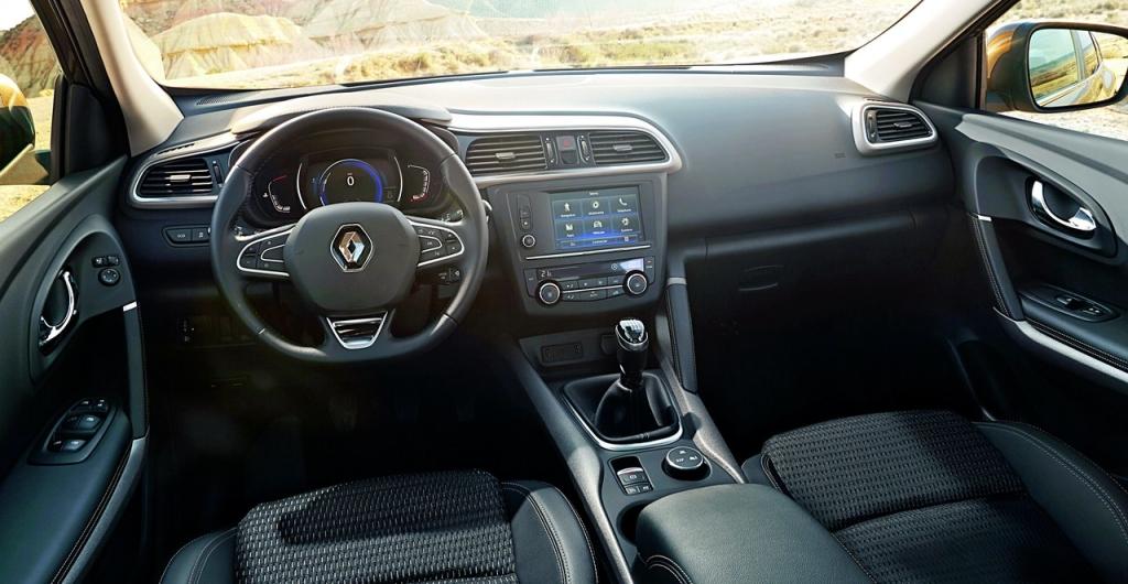 Renault_Kajjar_int_1